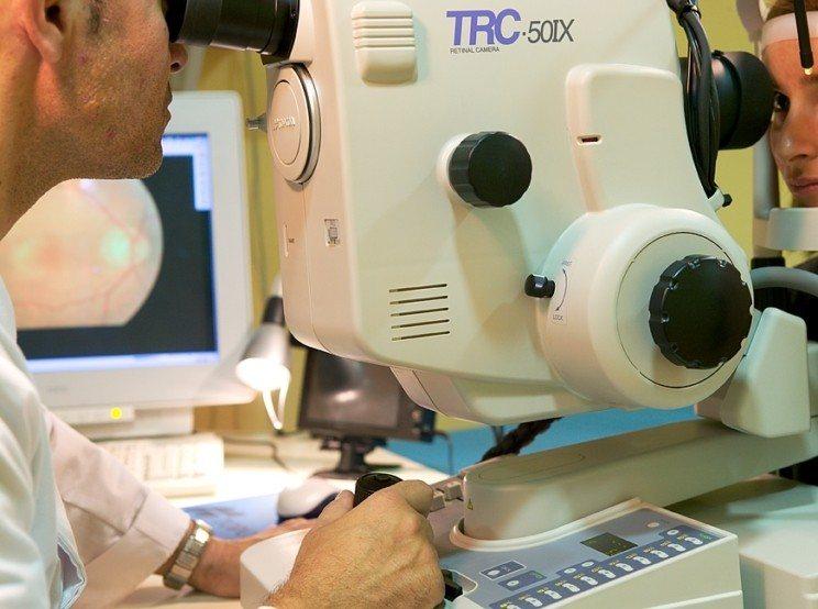 angiofluoresceingrafía e indocianingrafía
