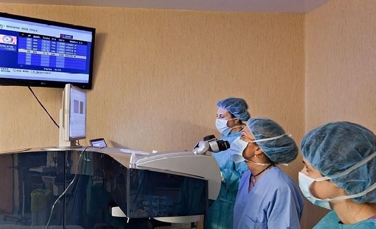 تقنيات المستخدمة في الجراحة الانكسارية