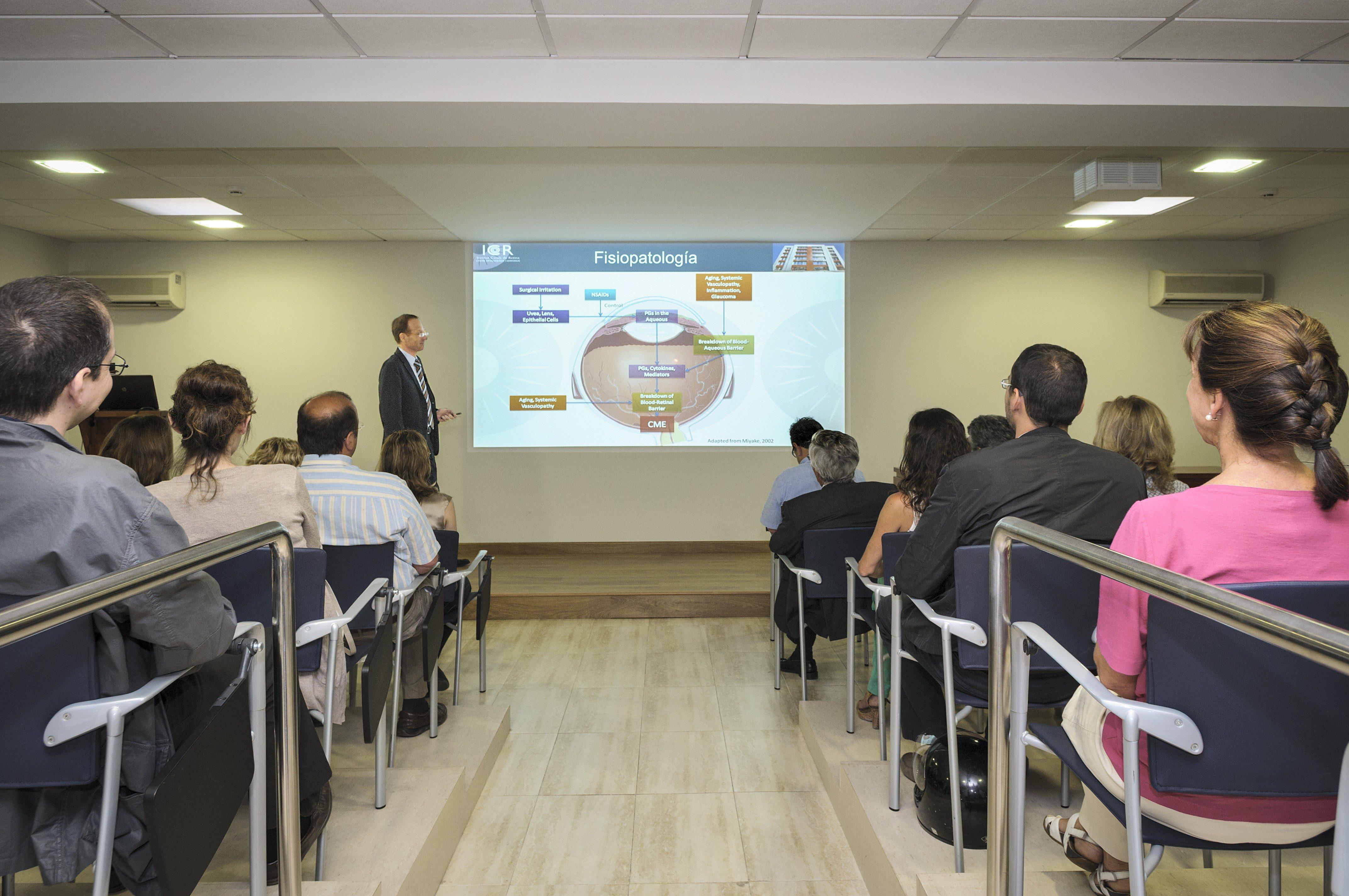 Convocatòria 2014 per a les places dels programes de Màsters Oftalmològics