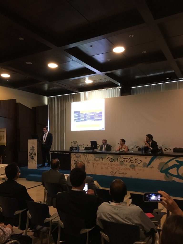Dr. Antón during the congress - Spanish Society of Ophthalmology