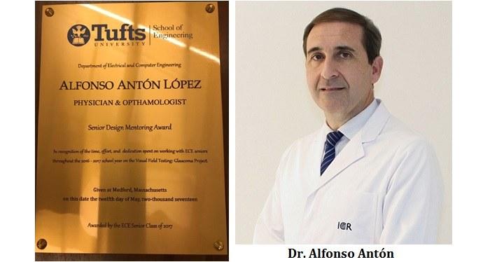 El Dr. Antón rep el premi com a tutor d'un projecte de disseny sènior de la Universitat de Tufts