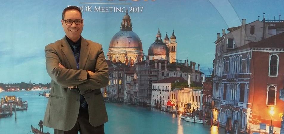 Joan Pérez, optometrista i contactòleg de l'ICR, aborda aspectes avançats sobre el tractament de Ortoqueratología a Venècia