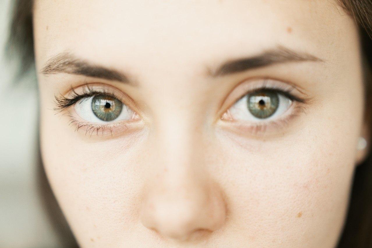 ¿Por qué es importante controlar la tensión ocular?