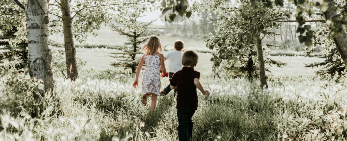 Un estudio mide si las actividades escolares en el exterior pueden prevenir la miopía