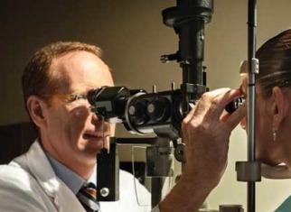Revisió oftalmològica ICR - Dr Jürgens