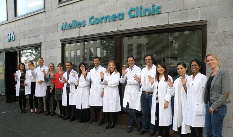 Dr. Ruiz attends a DMEK WetLab course at the prestigious NIIOS Academy in Rotterdam