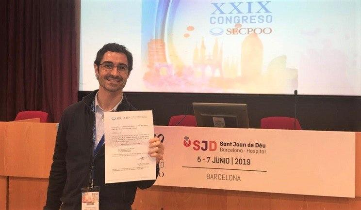 Le Dr. Prieto gagne le prix à la meilleure communication   Rapid Fire dans le Congrès SECPOO