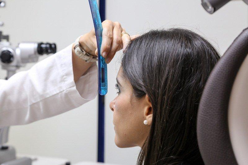Primera visita blefaroplàstia i cururgia de parpelles