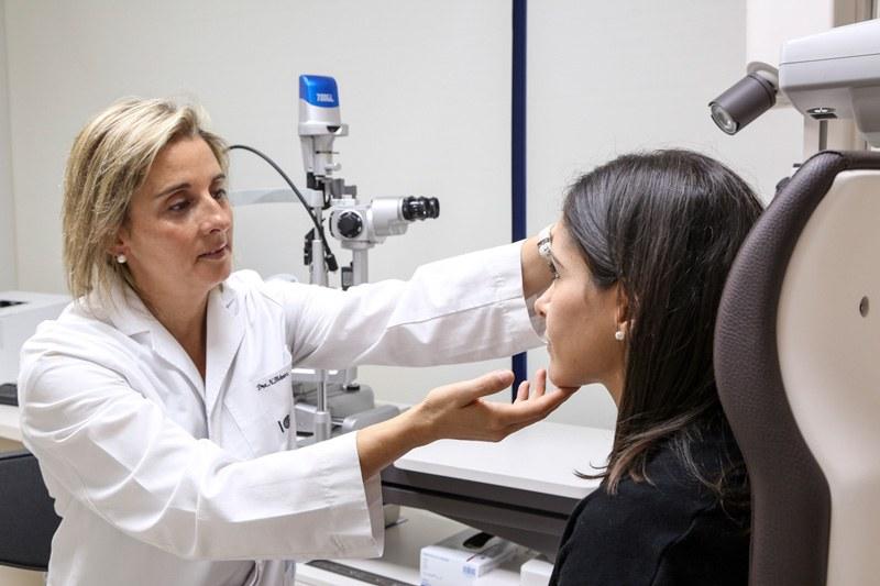 Visita previa a la blefaroplastia