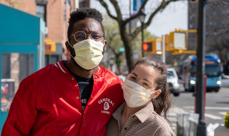 How to prevent glasses from fogging when wearing a mask