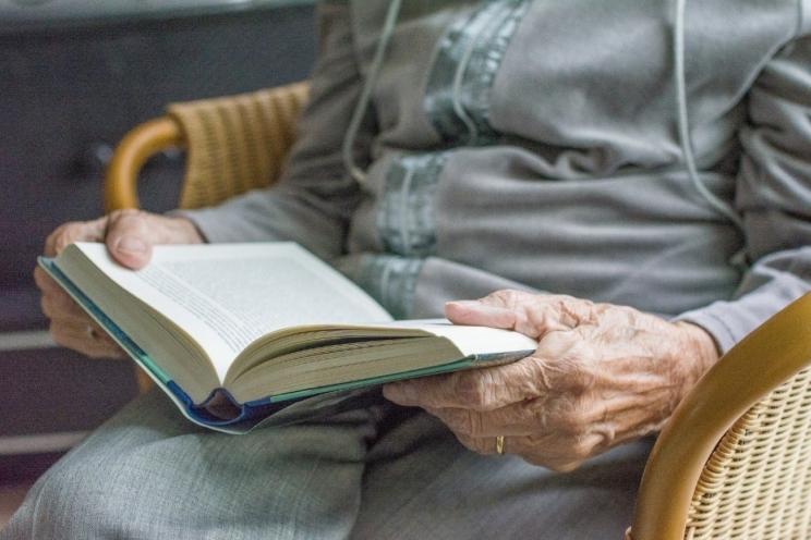 ¿Cómo afecta la edad a nuestros ojos?