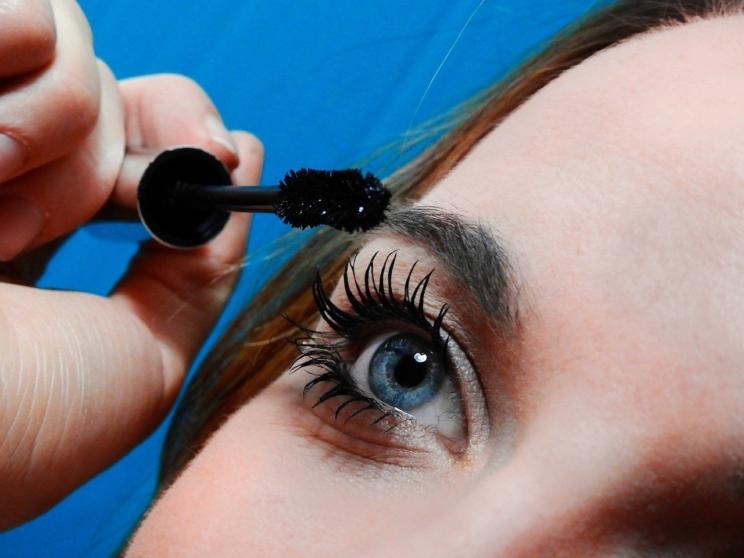 20 acciones perjudiciales para tus ojos