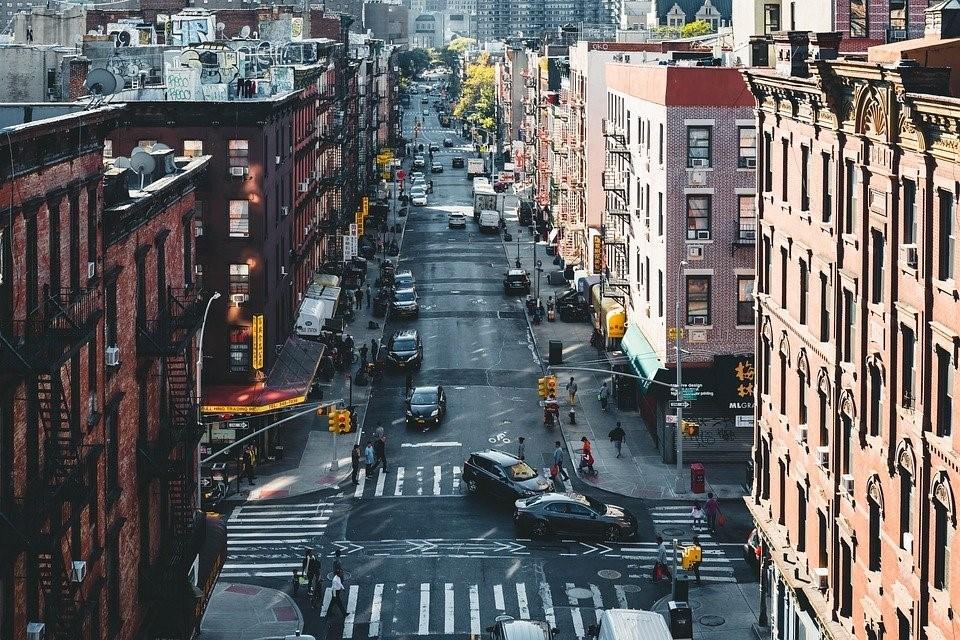 La contaminación en las grandes ciudades puede provocar problemas oculares