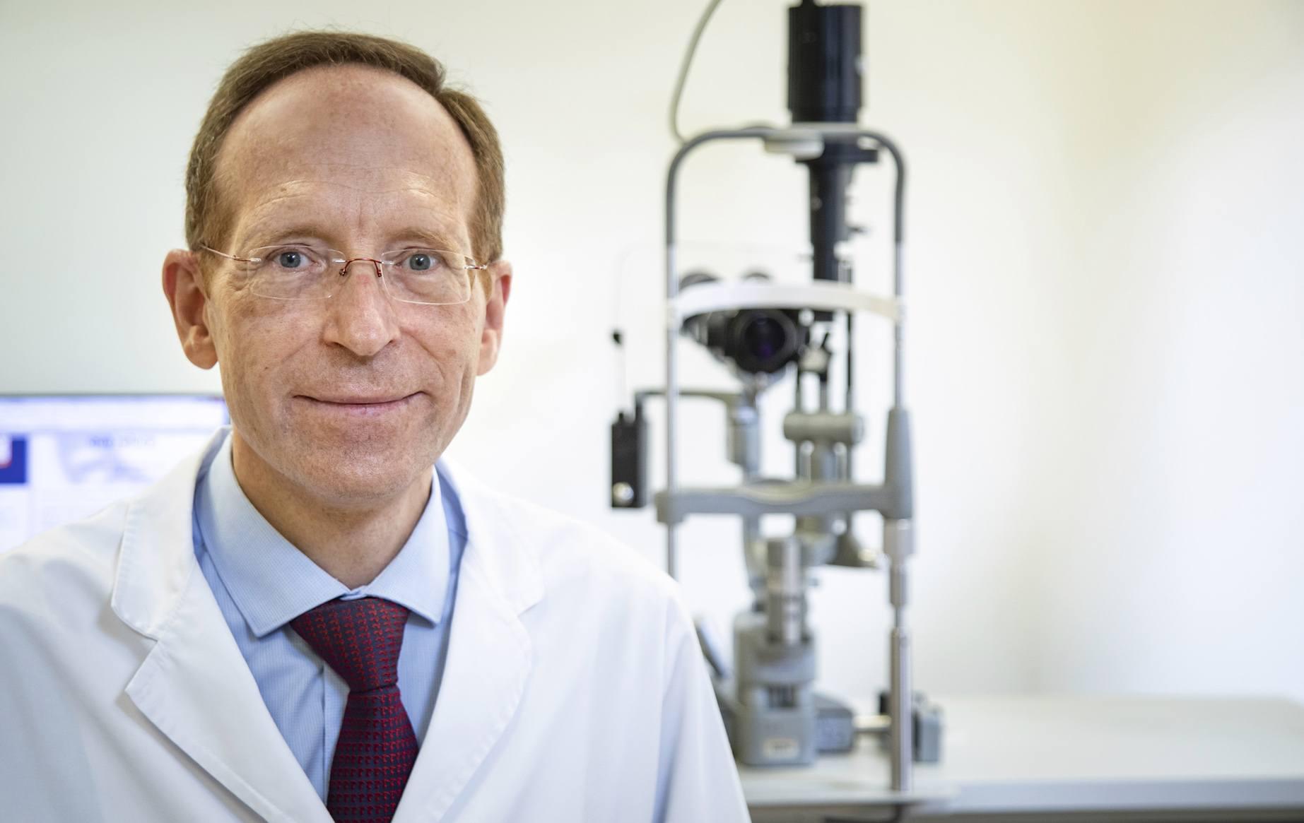 El Dpto. de Retina de ICR participa en el estudio LIGHTSITE II de LumiThera para el tratamiento de la DMAE atrófica